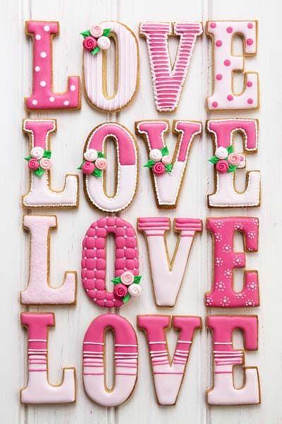 LOVE valentine's day cookies