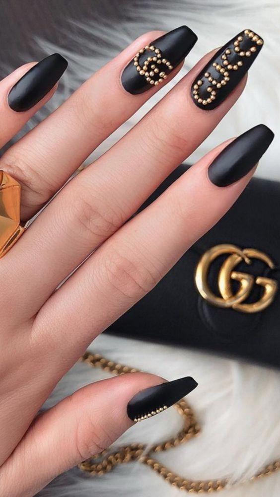 Black Gucci nails - black designer nails