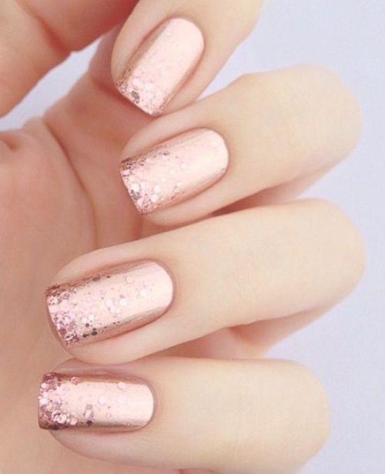 Short metallic spring nails