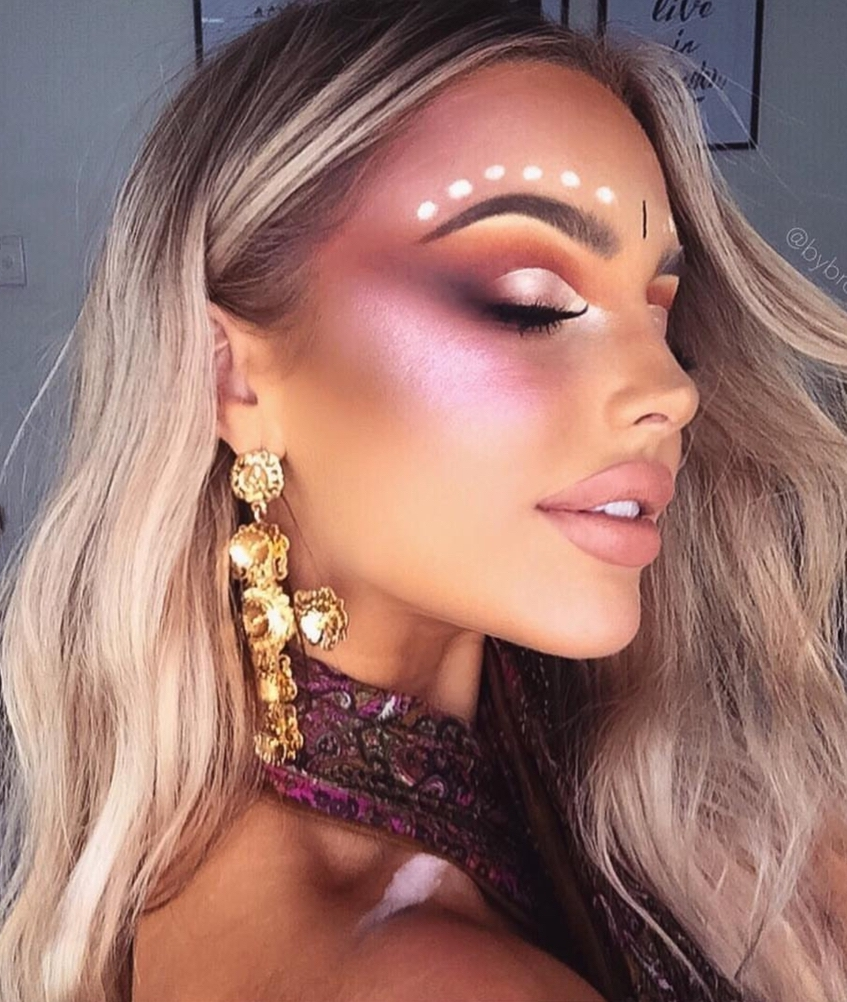 Easy festival makeup looks with simple festival face gems