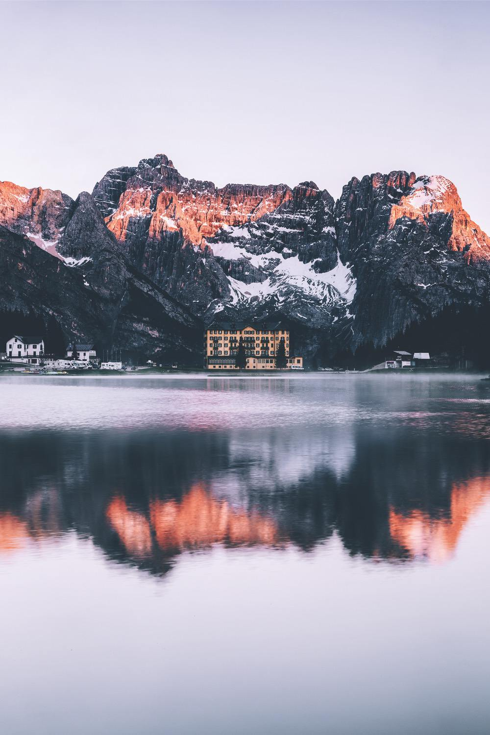 Beautiful nature wallpapers for iPhone with lake and water