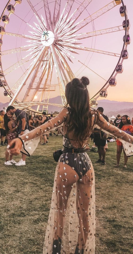 Best Coachella outfits with mesh dresses