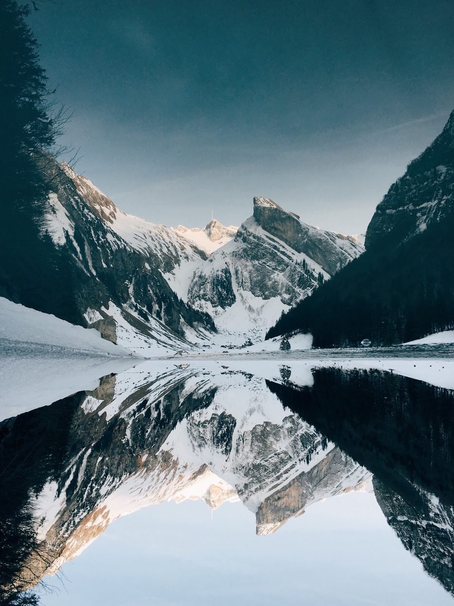 Winter mountain wallpaper iphone with snow and lake