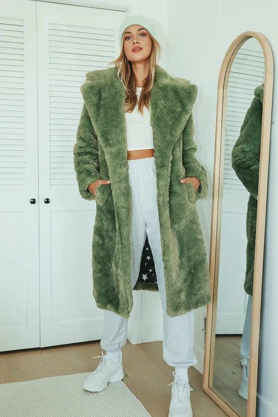 Cute casual outfit with green teddy coat and sweatpants