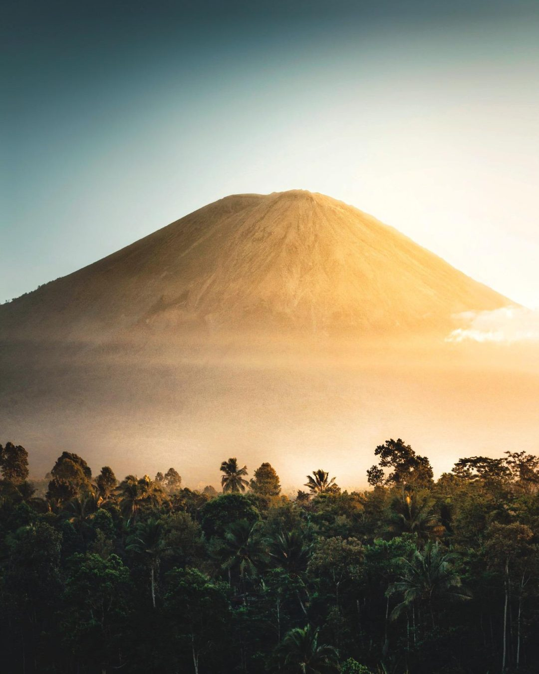 Tropic mountain wallpaper for iphone with sunrise