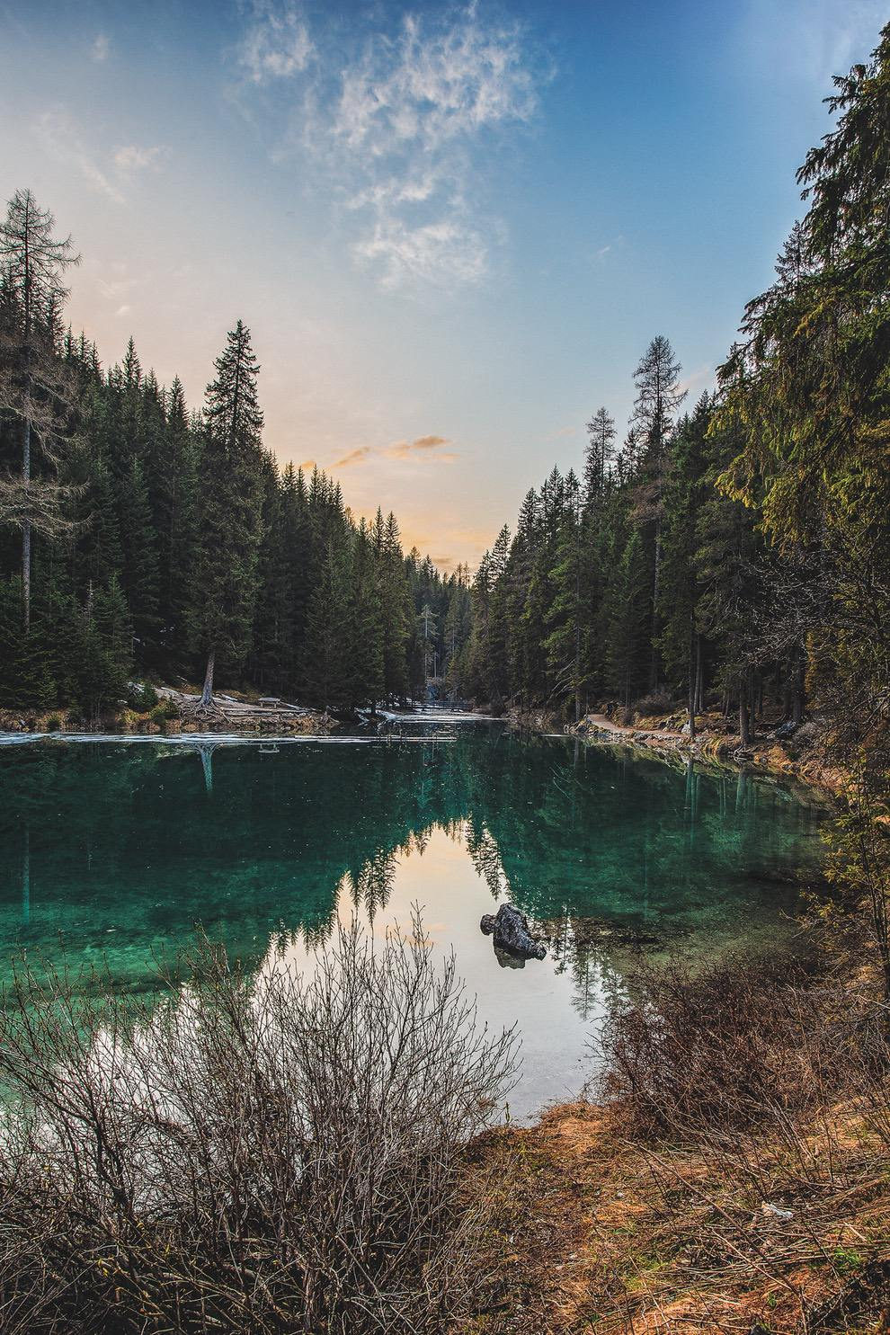 Beautiful nature wallpapers for iPhone - forest and lake iPhone wallpaper