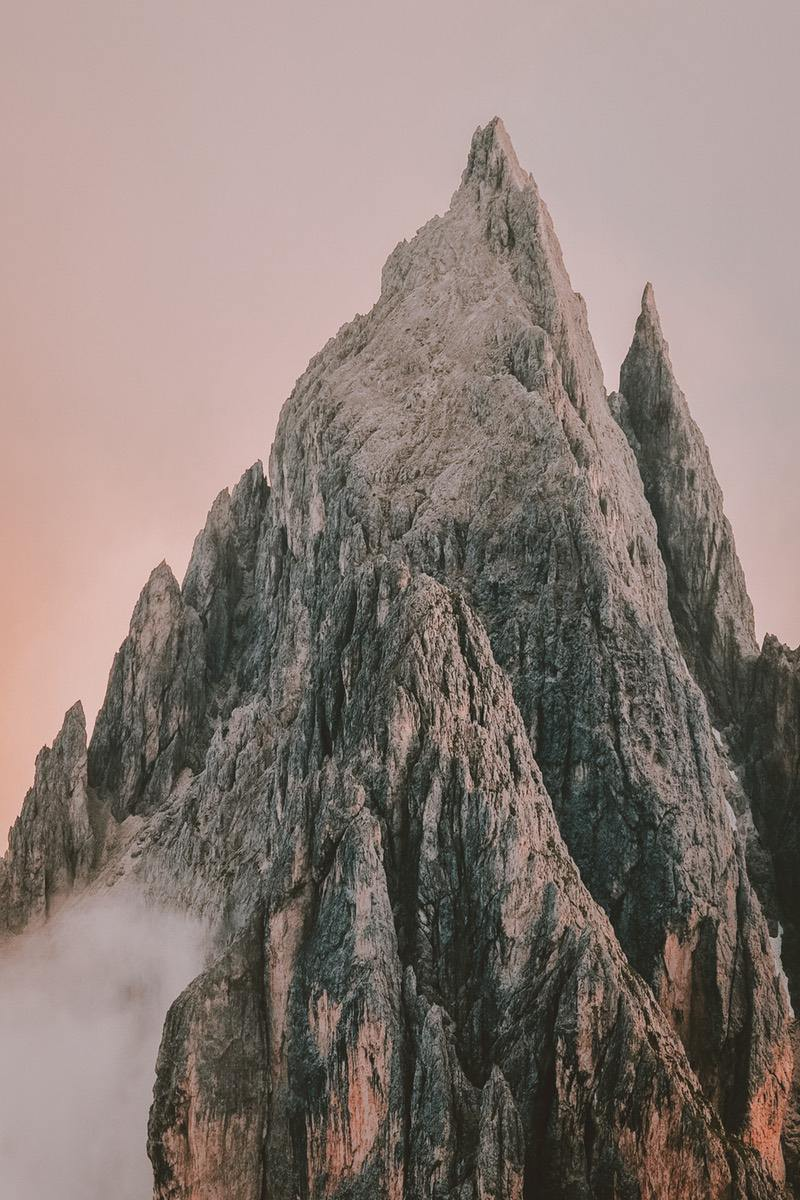 Mountain backgrounds for iPhone