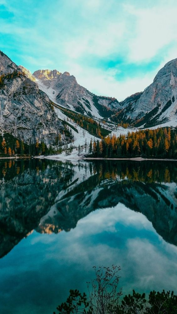 45 Free Beautiful Mountain Wallpapers For iPhone You Need See