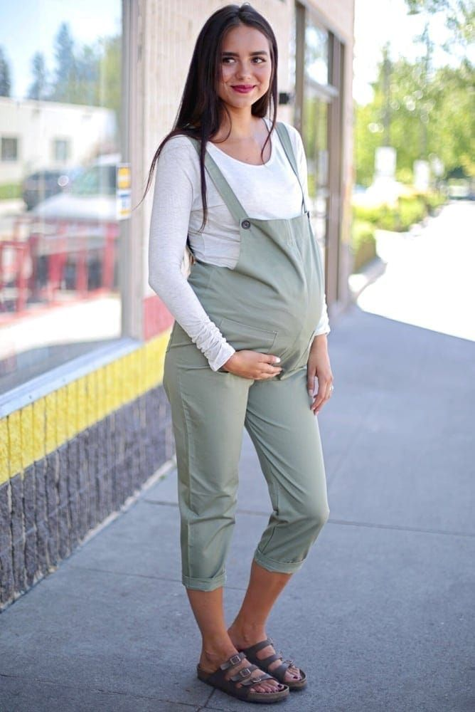 Cute pregnancy outfit with overalls