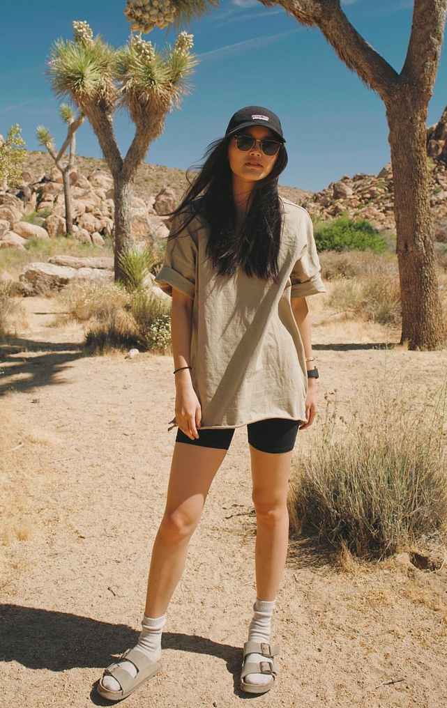 Cute summer hiking outfits with Birkenstocks