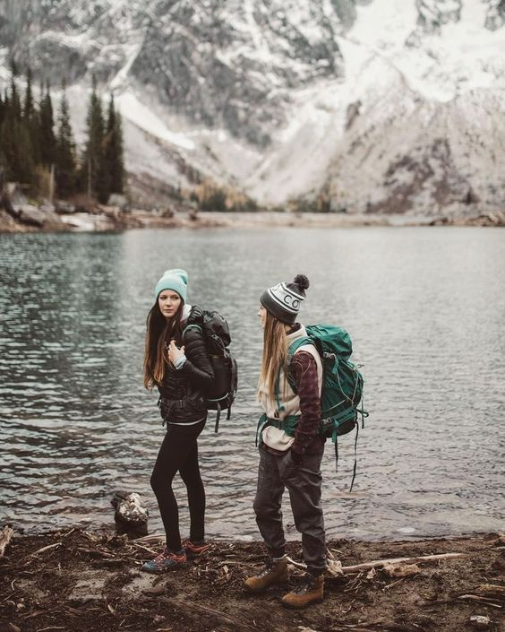 Fall hiking outfit ideas to try