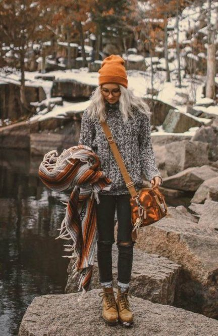 Cute fall hiking outfits to try