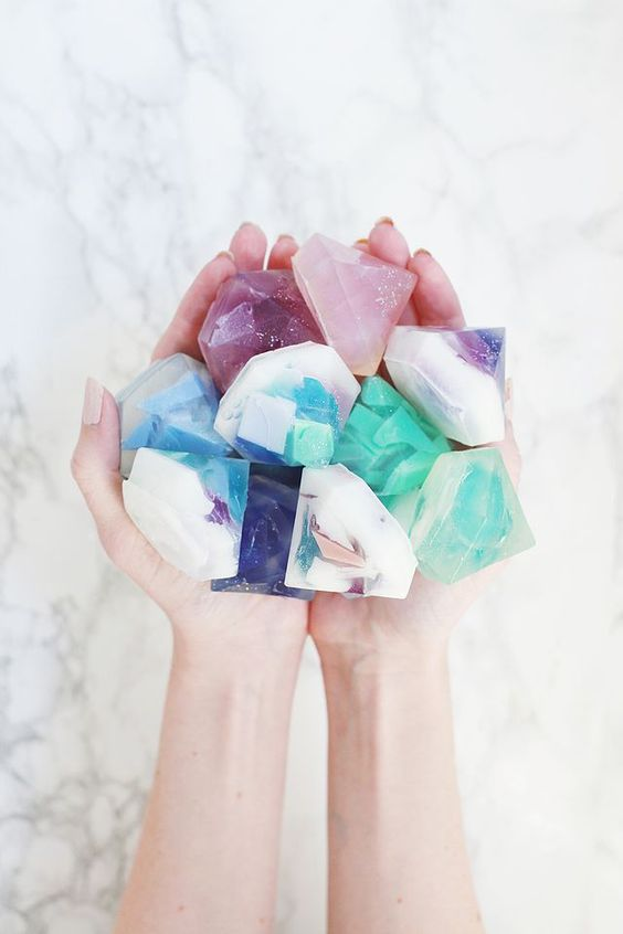 Soap Making Recipes For Beginners: Gemstone Soap