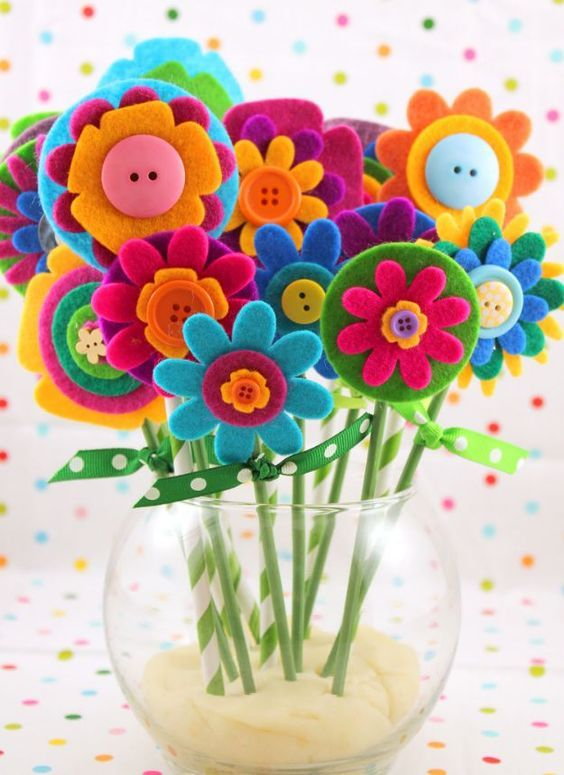 Easy Mother's Day Crafts For Kids: Felt Flower Bouquet
