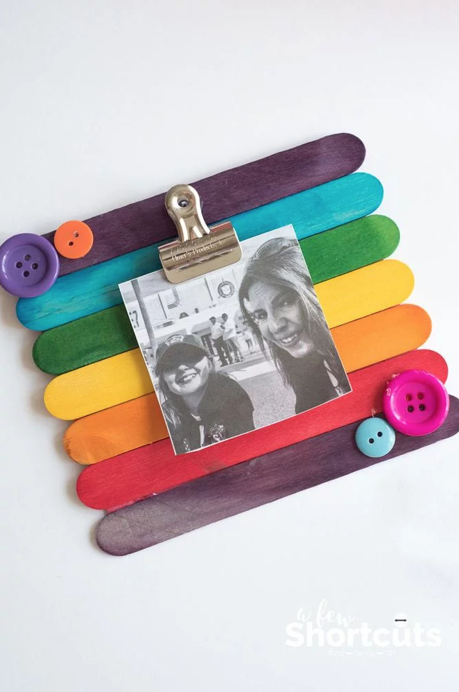 Easy Mother's Day Crafts For Kids: Popsicle Stick Picture Frame