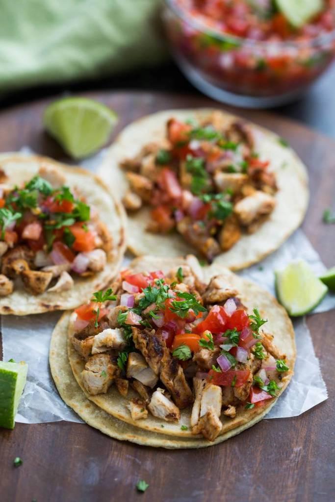 Grilled Chicken Street Tacos
