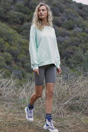 50 Cute Hiking Outfits You'll Want In Your Wardrobe