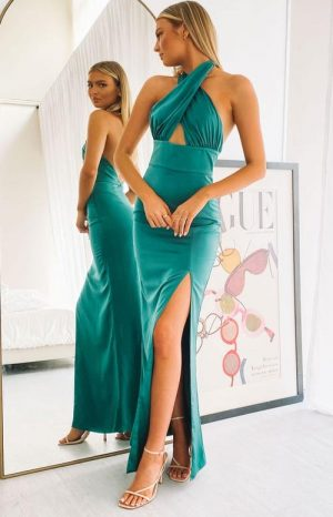 40+ Beautiful Summer Wedding Guest Dresses You'll Want To Copy