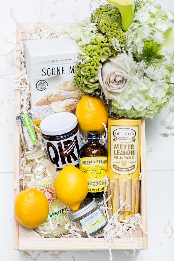 DIY Food and Lemons Christmas Gift BasketIdea