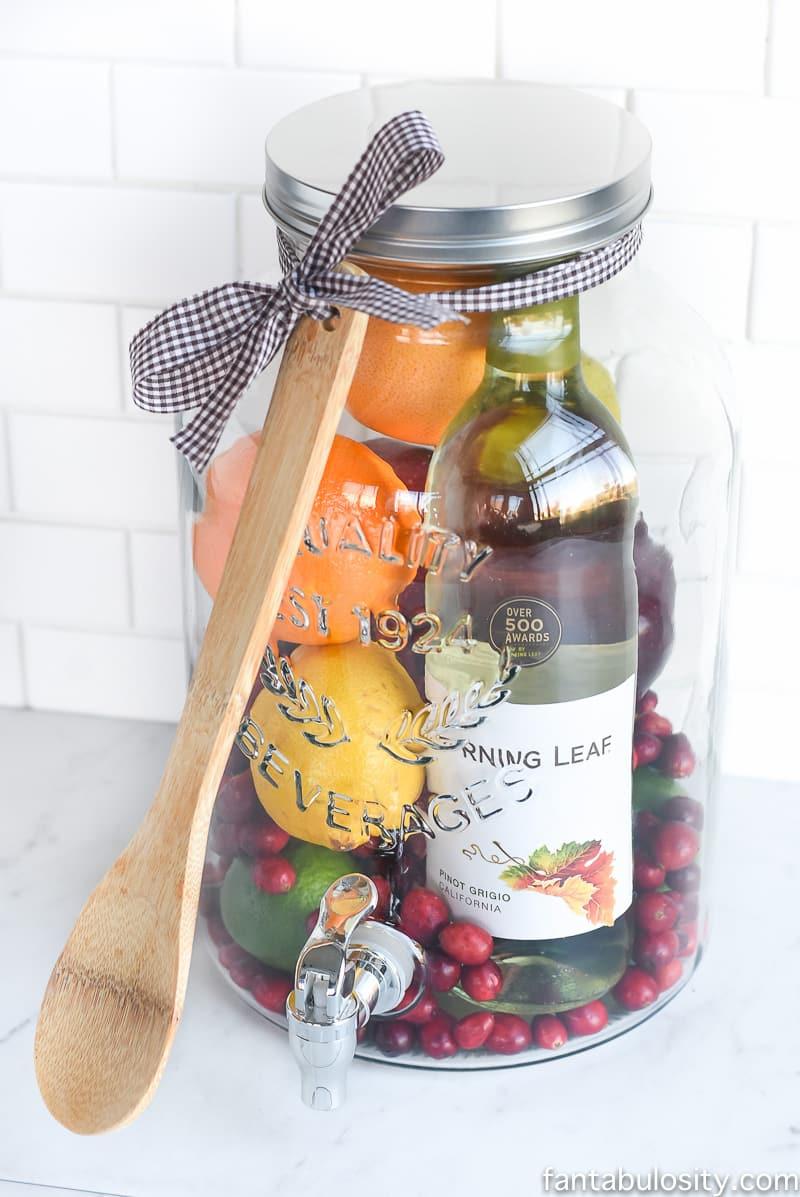 DIY Sangria Christmas Gift Basket Ideas