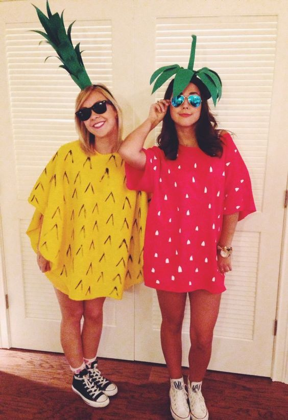 Easy DIY pineapple and strawberry costumes for two