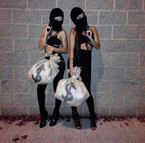 Easy Bank robbers Halloween costume for besties