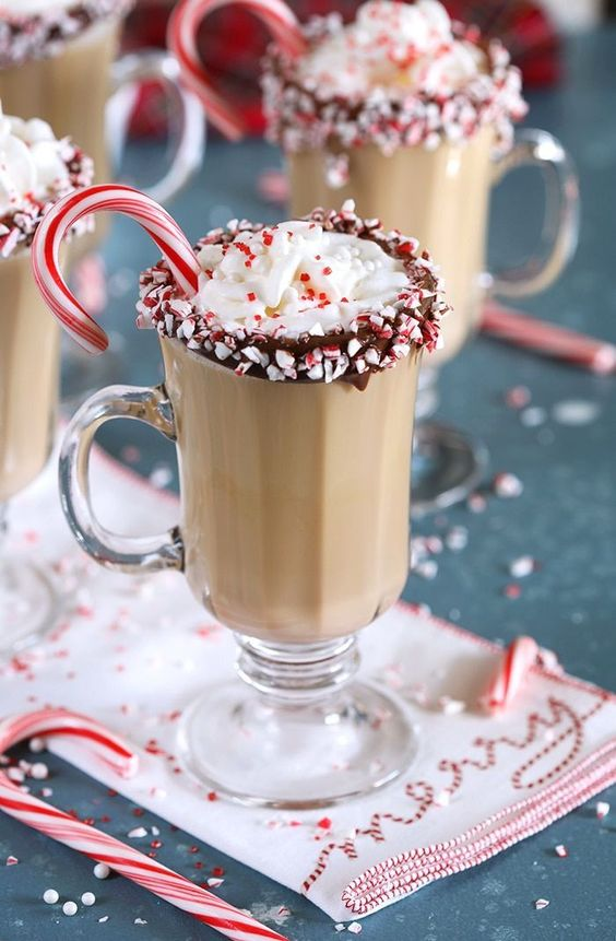 Easy Christmas Cocktails: Boozy Peppermint Mocha Coffee