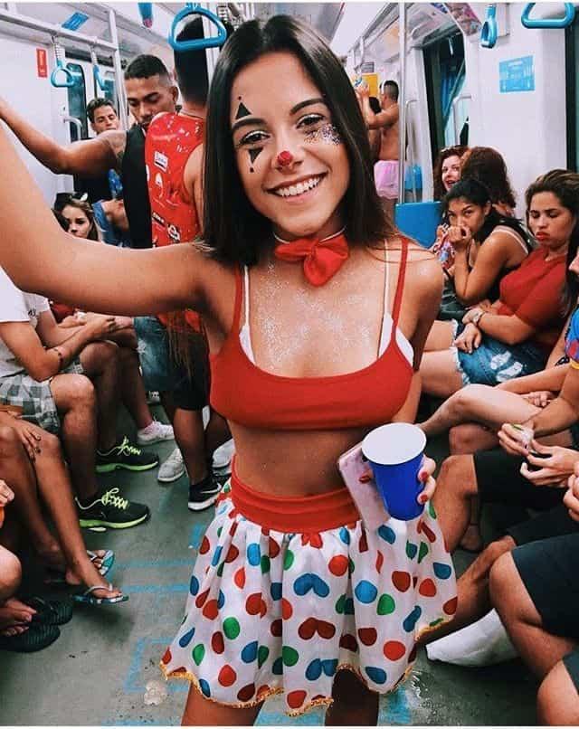 Cute clown college girl Halloween costumes