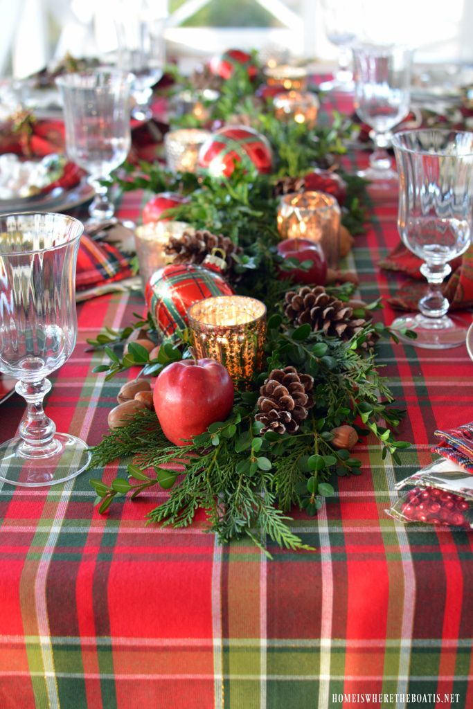 Red and Green Christmas Centerpieces