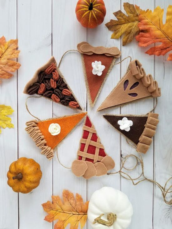 Easy fall crafts for adults: Pumpkin Pie Bunting