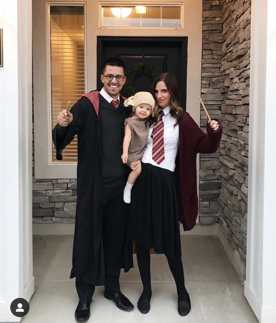 Harry Potter family costumes with baby