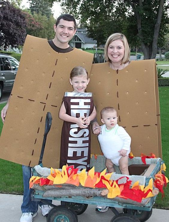 S'mores family Halloween costume