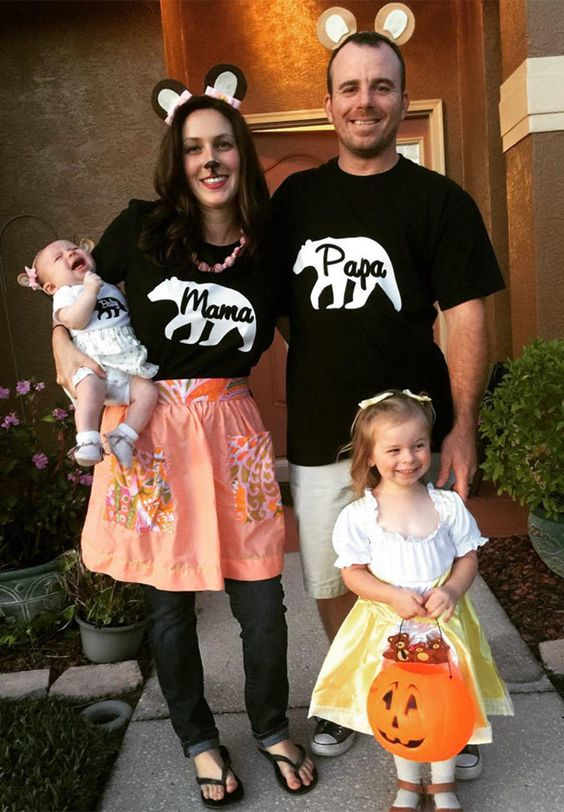 Best family Halloween costumes: Goldilocks and the thee bears
