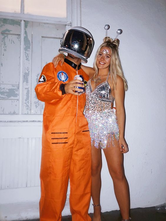 Couples costumes 2020, cute couples halloween costumes