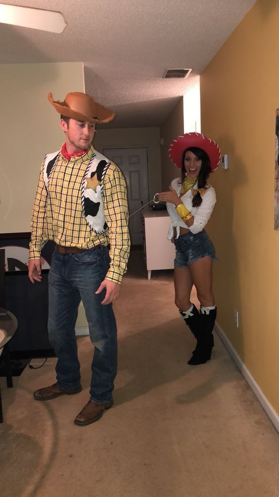 Couples costumes 2020, couples halloween costumes, Toy Story Halloween costumes, Woody and Jessy Halloween costumes