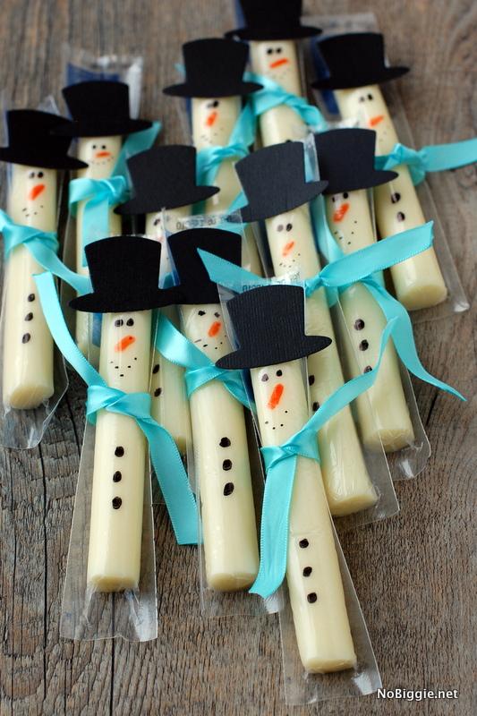 Cute Christmas Treats: String Cheese Snowmen