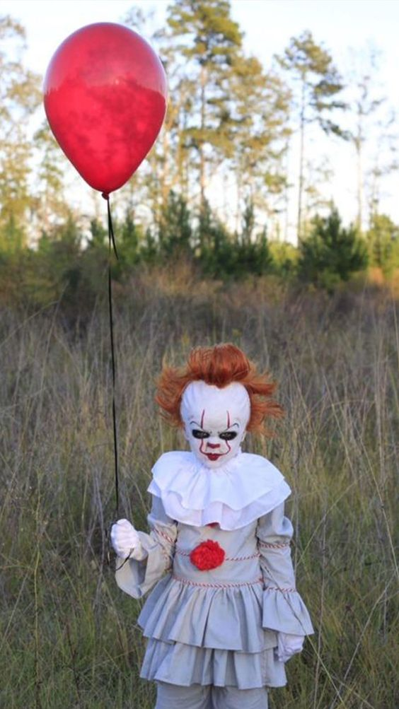 Scary Pennywise Halloween costume for kids - scary clown costume for kids