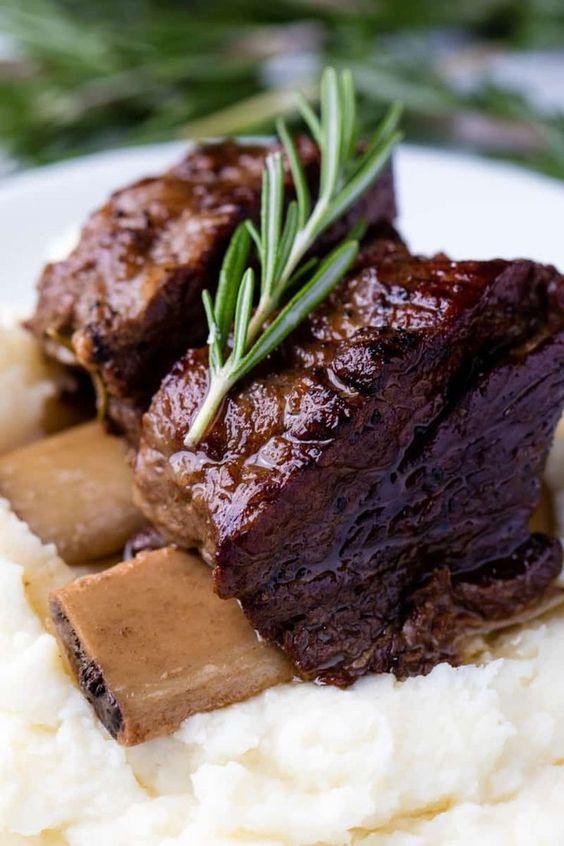 Best fall crockpot recipes: Slow Cooker Beef Short Ribs