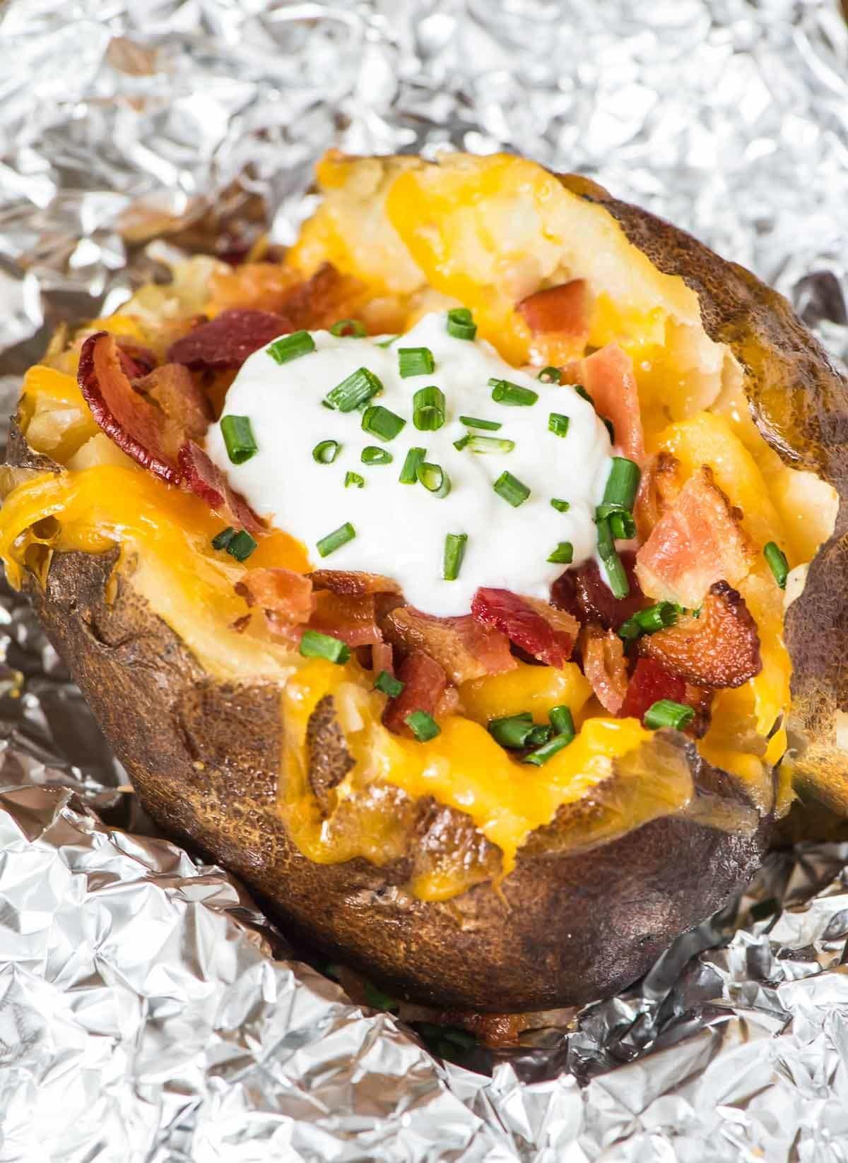Best Fall Crockpot Baked Potatoes Recipe