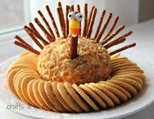 Best Thanksgiving appetizers: Thanksgiving Turkey Cheeseball
