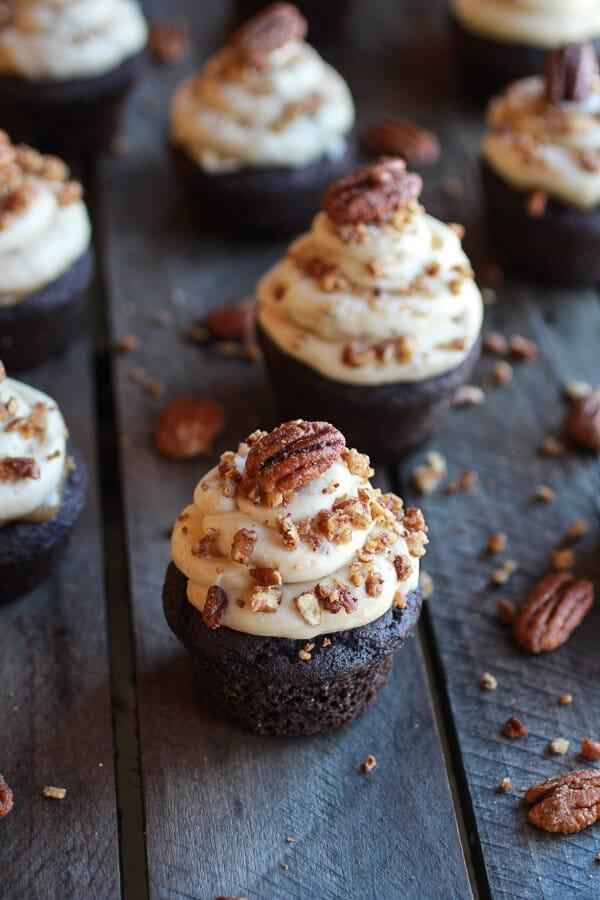 Easy Thanksgiving desserts: Chocolate Bourbon Pecan Pie Cupcakes