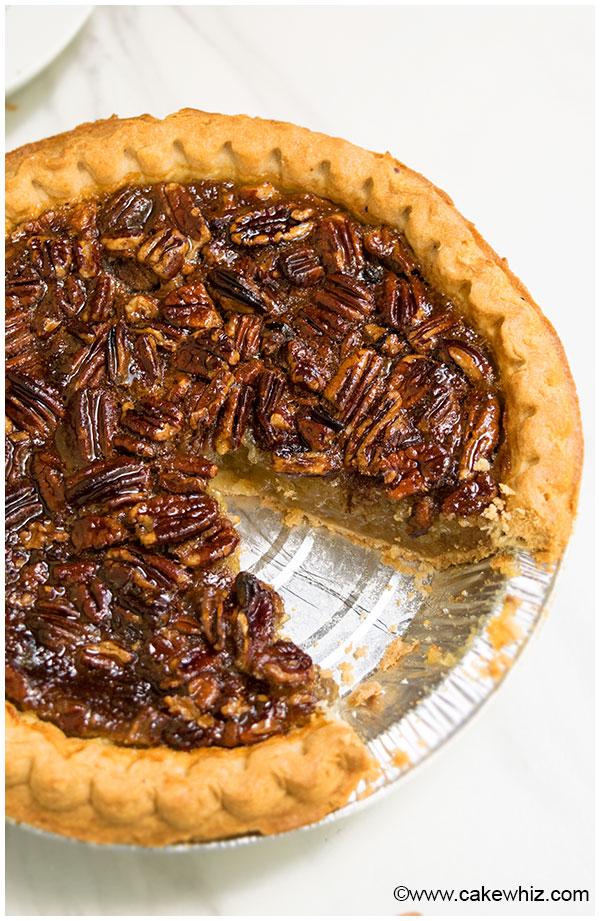 Easy Thanksgiving Desserts: Pecan Pie