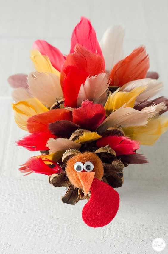 Pinecone Turkey With Feathers