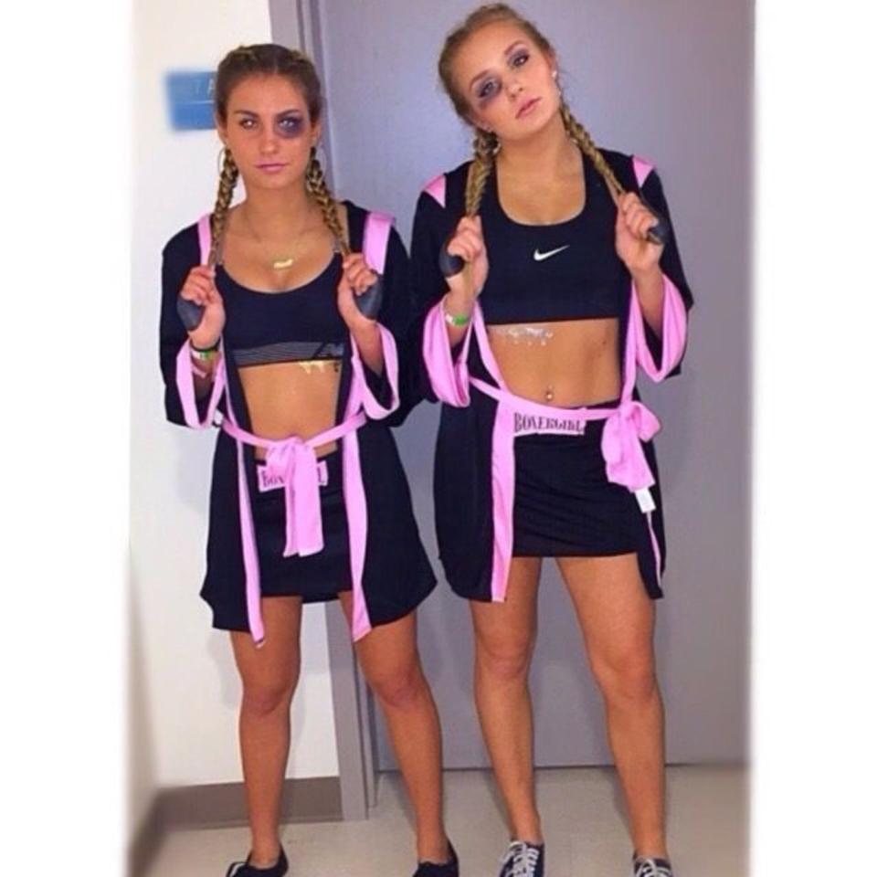 Halloween costumes for teenage girl best friends - Boxers costume