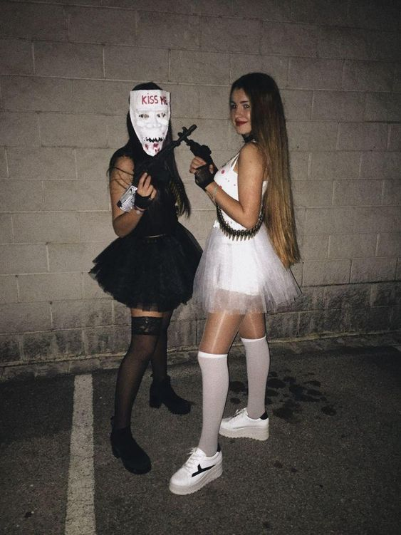 Scary Halloween costumes for teenage girls - The Purge Halloween costumes