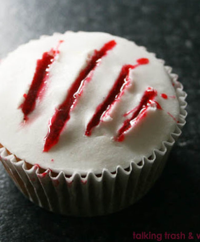 Claw Blood Cupcakes