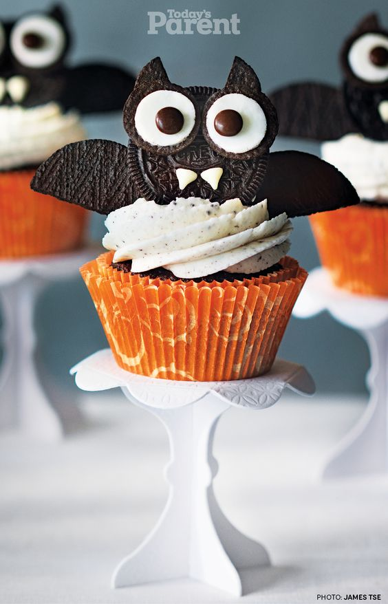 Haunted Bat Cupcakes