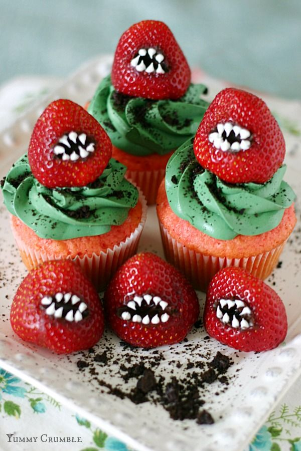Monster Strawberry Halloween Cupcake Ideas