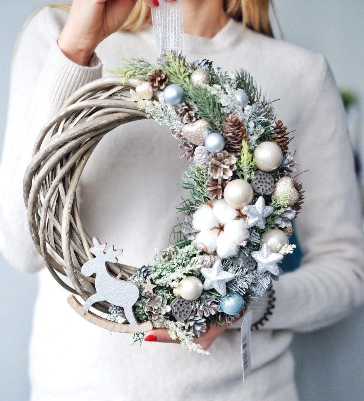 Elegant white Christmas wreath with reindeer