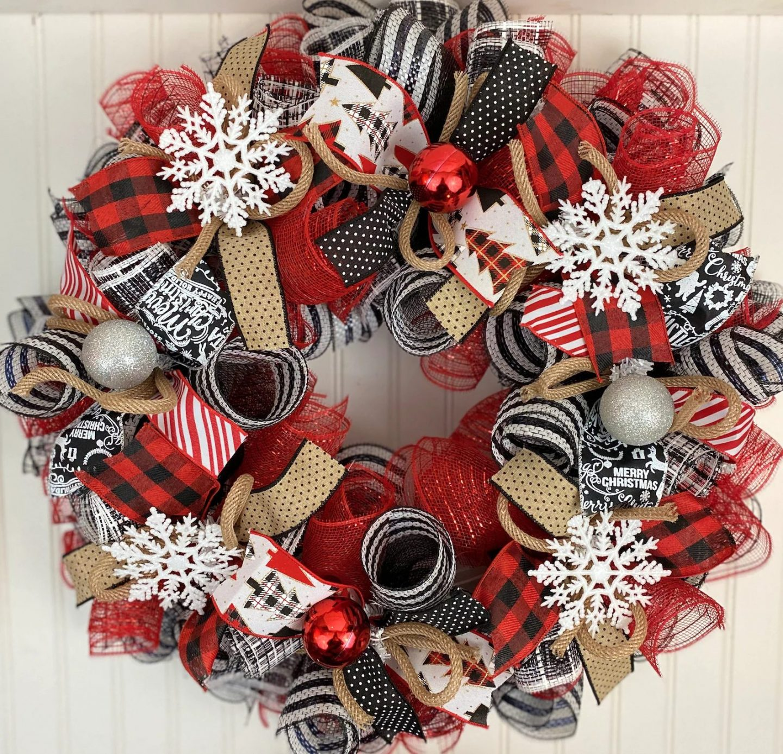 Farmhouse Red & Black Deco Mesh Christmas Wreath